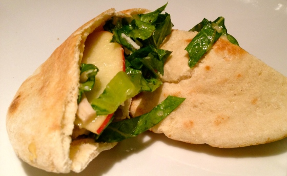 Chicken Apple & Hummus Pita